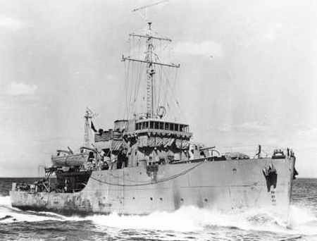 HMCS Esquimalt J272. Source: For Posterity's Sake website, HMCS ESQUIMALT J272, Copyright unknown